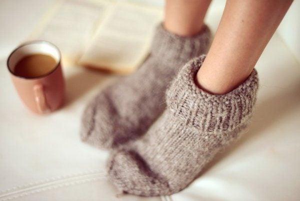 girl with socks