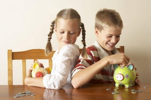 Identical and Fraternal Twins: Biological and Psychological Differences