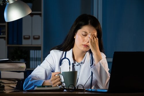 How can working at night affect your health?