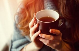 Women drinking tea to sleep better