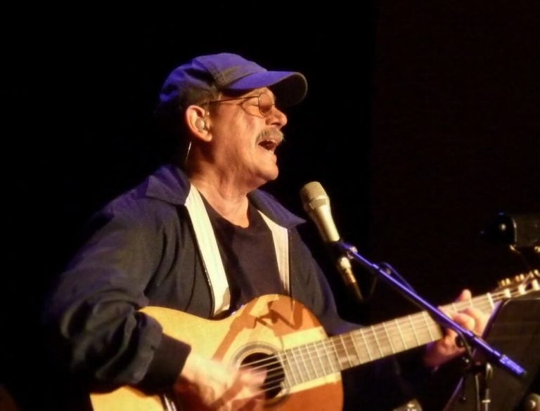 Silvio Rodríguez's Lyrics to Think About