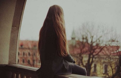 Why We Can't Stand Loneliness Sometimes