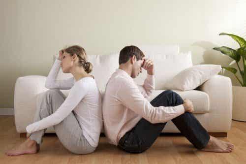 3 Factors That Kill Romantic Love