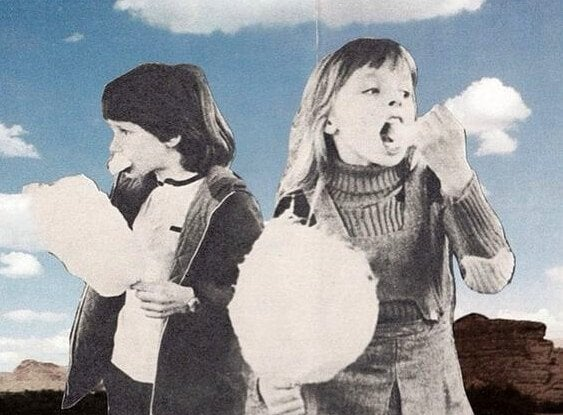 Kids eating cotton candy, symbolizing one of the actions damaging to your health.