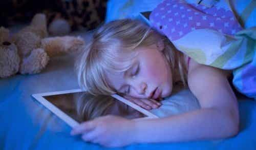 Technological Insomnia: Screens That Cause Insomnia