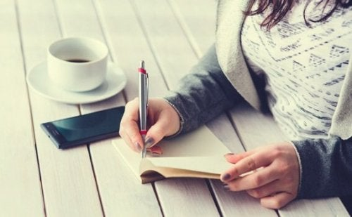 Find Fulfillment With the Five Minute Journal