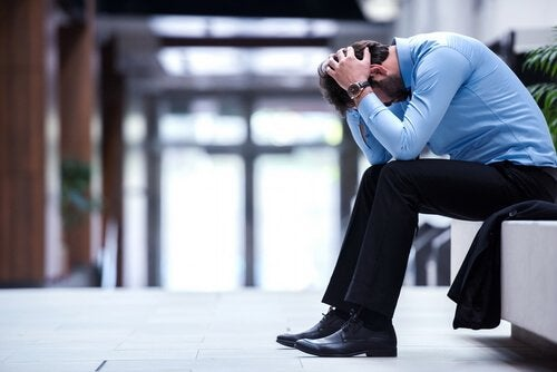 Feeling unhappy with your job leads to stress.