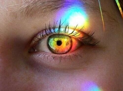 Illuminated eye.