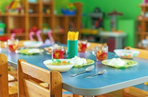 Social skills can be developed in school cafeterias.