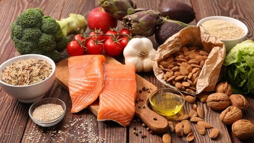 A Mediterranean diet helps you form healthy food habits.