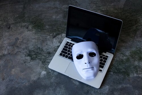 Online sexual predators use anonymity to their advantage.