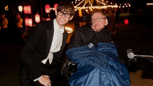 Stephen Hawking approved of Eddie Redmayne's performance in The Theory of Everything.