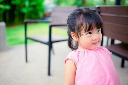 The Distraction Method to Instill Discipline in Children