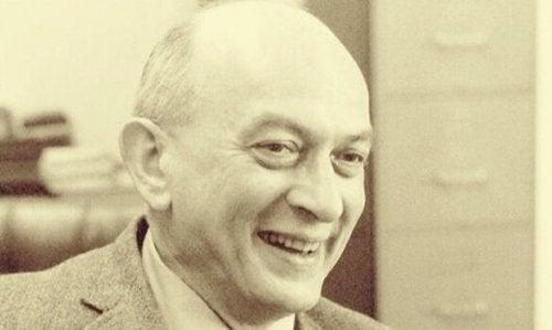 Solomon Asch.
