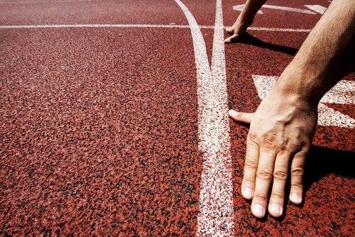Runner at the starting line.