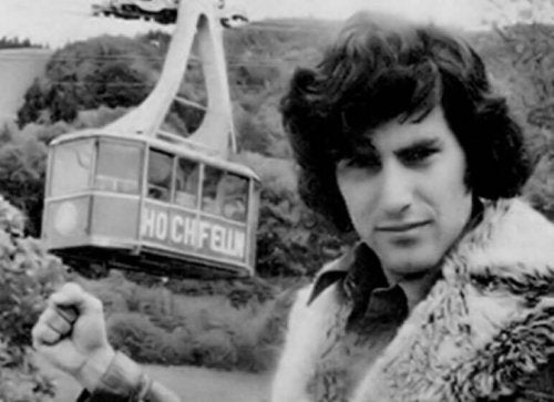 Uri Geller on a mountain.