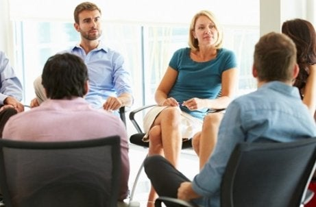 How to Nail a Group Interview