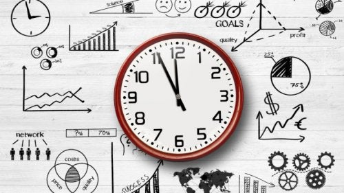 A clock in the middle of work-dynamic drawings.