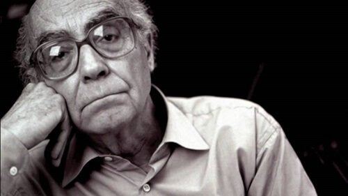 A photo of José Saramago.