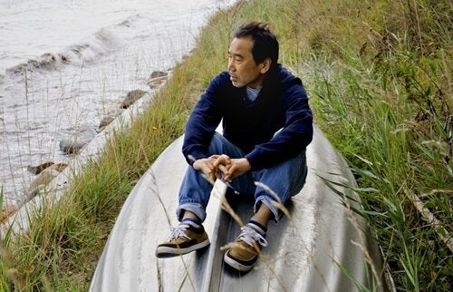Haruki Murakami by the shore.
