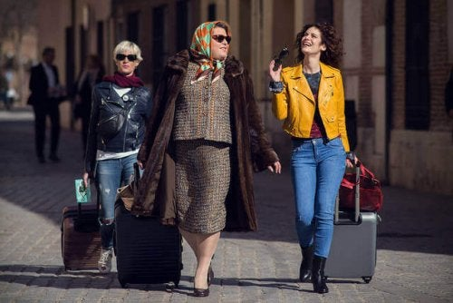 Paquita Salas walking with her friends.