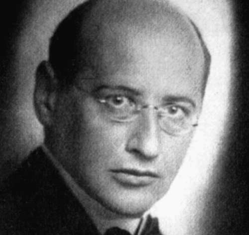 A black-and-white photo of Theodor Reik.