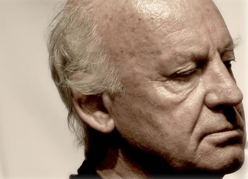 A close-up profile photo of Eduardo Galeano.