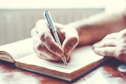 Keeping a diary can help you find work-life balance.