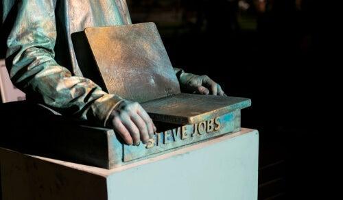 A statue of Steve Jobs.