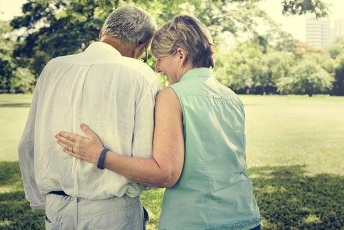 An elderly couple in love.