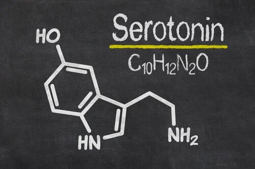 The chemical structure of serotonin.