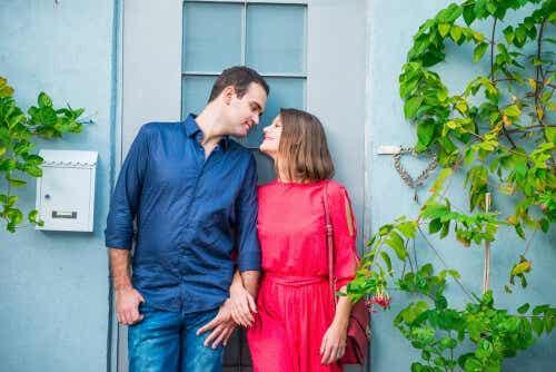 Living Apart Together - A Good Solution?