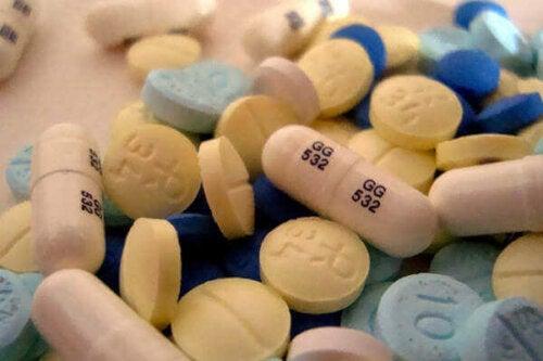 A bunch of pills.