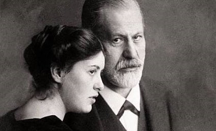When Sigmund Freud Lost His Daughter Sophie