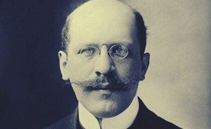 Hugo Münsterberg, a Pioneer of Applied Psychology