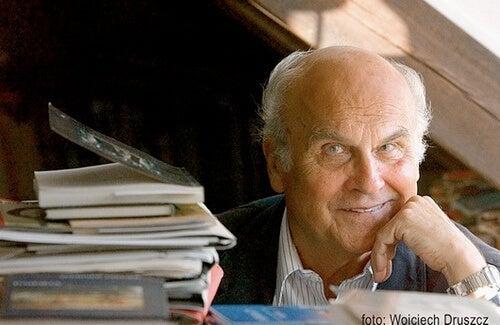 The Life of Ryszard Kapuściński, a Famous Journalist