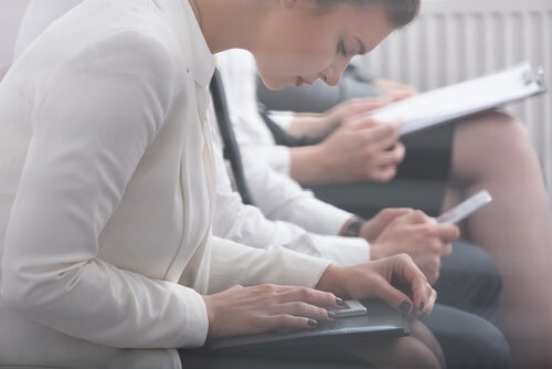 A woman taking a psychometric test.