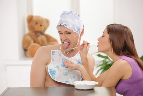 A man with autonepiophilia rejecting baby food.
