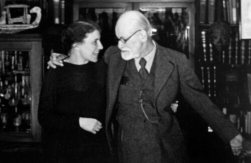 Anna Freud and Sigmund Freud.