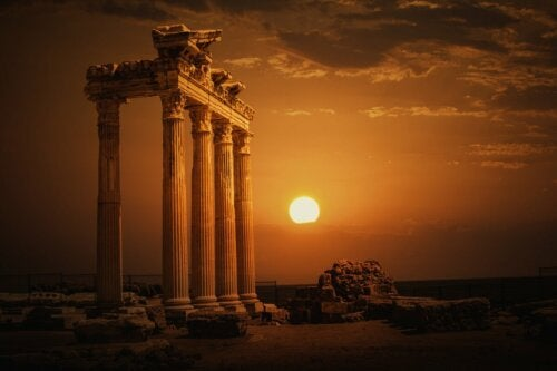 The temple of the myth of Apollo.