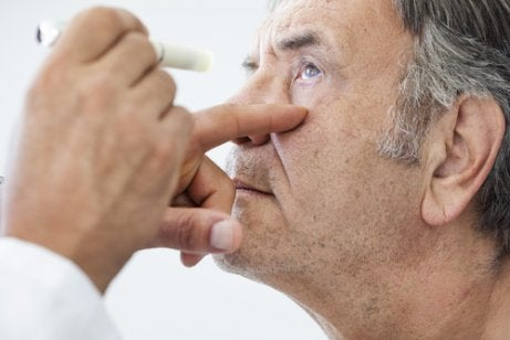 An examination before cataract surgery.