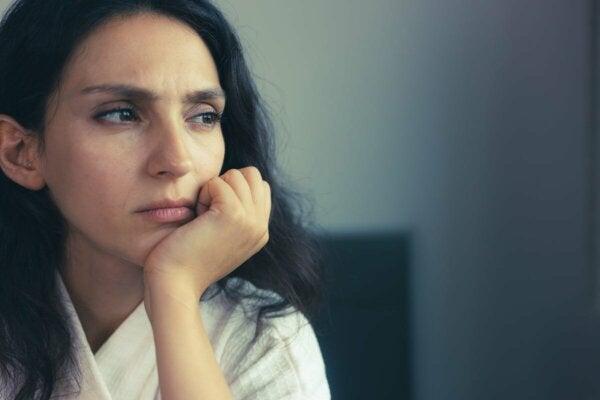 A seemingly upset woman.