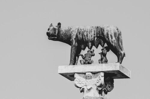 A Roman legend wolf.