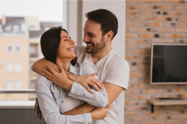 How to Have a Happy Marriage - Five Strong Marriage Secrets