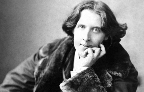Oscar Wilde, one of the most important figures of aestheticism.