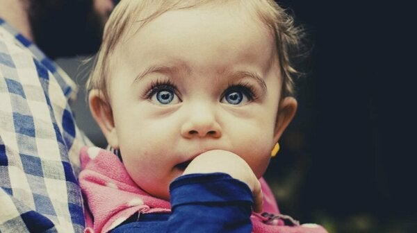 Are the Smartest Babies Easily Identifiable?