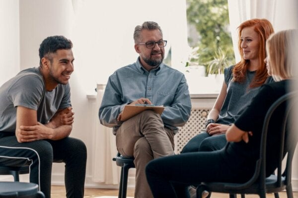 Characteristics and Objectives of Group Therapy