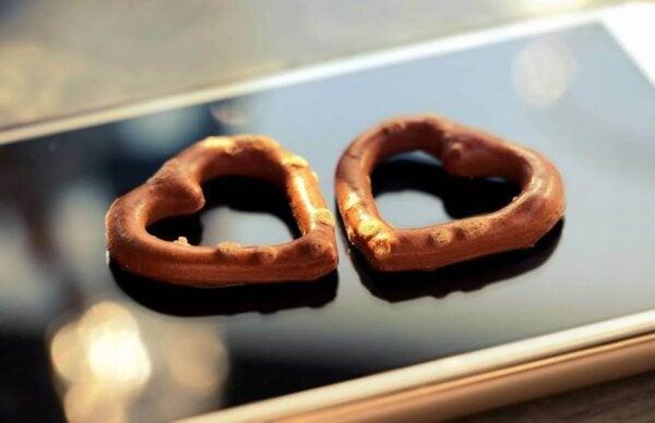 Two heart pretzels.
