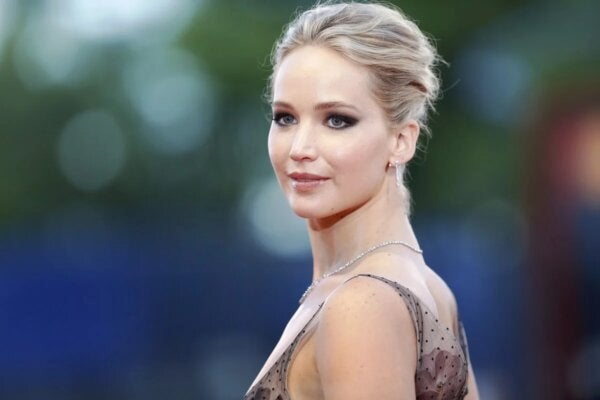 Jennifer Lawrence who suffers from a mental illness.