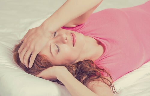 Jet Lag: Symptoms, Causes, and How to Cope